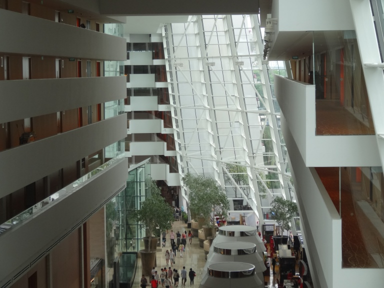 Looking back through the hotel lobby. Lower atrium rooms can be noisy.