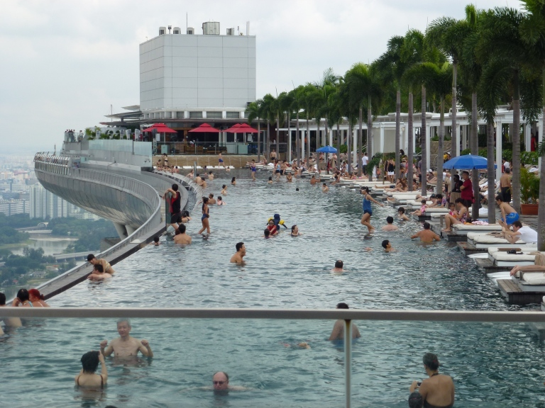 Why marina bay sands is my favourite hotel backpackerlee - Least crowded swimming pool singapore ...