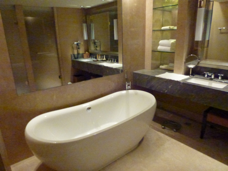 Free-standing bath tub in Premier Rooms