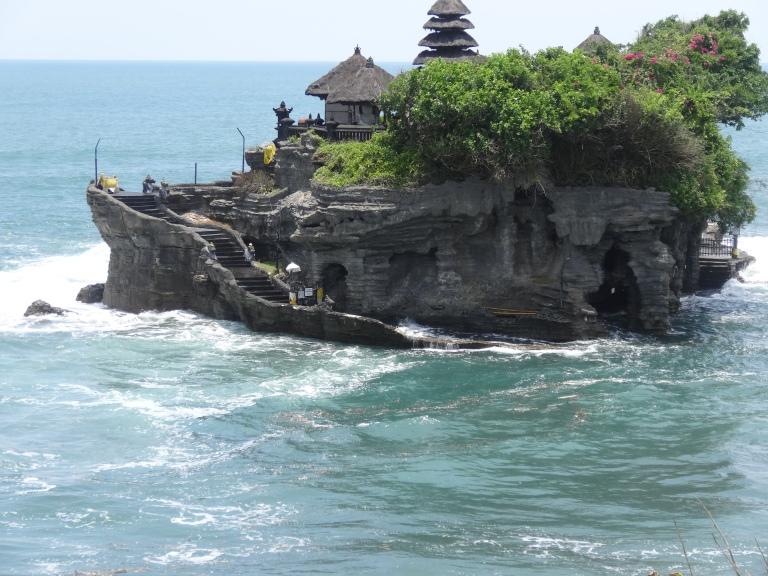 Pura Tanah Lot is stunningly isolated
