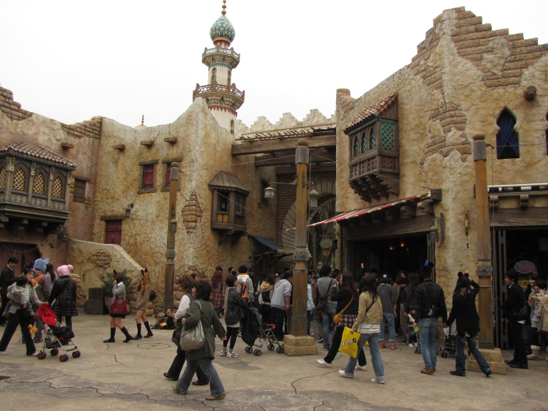 Walking through Arabian Coast is just like being in a real bazaar in Egypt or Morocco