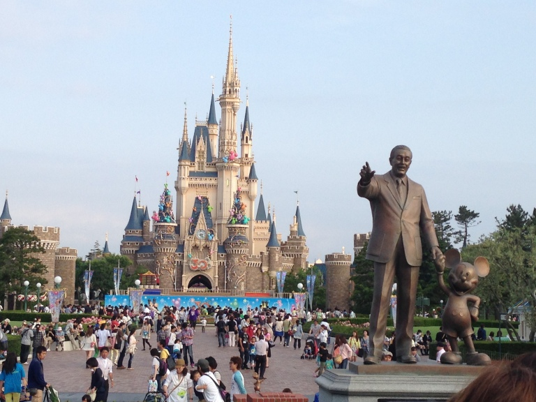 The entrance plaza to Tokyo Disneyland
