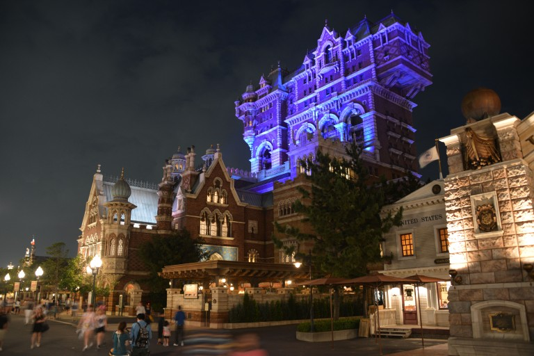 Day or night, the theming in American Waterfront is incredible!