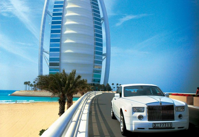 The world's only 7 star hotel: Burj Al Arab