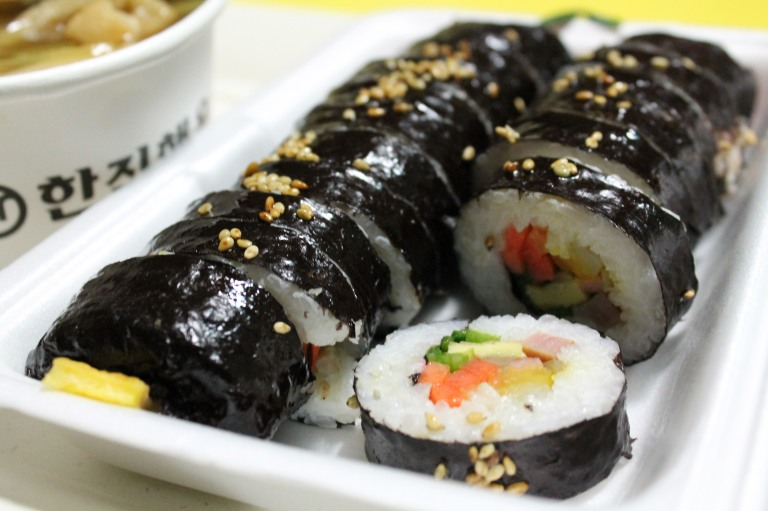 You can fill your Kimbap with any ingredient that you choose