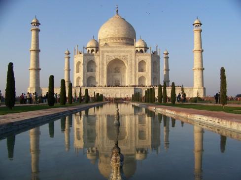 Reflections of the Taj