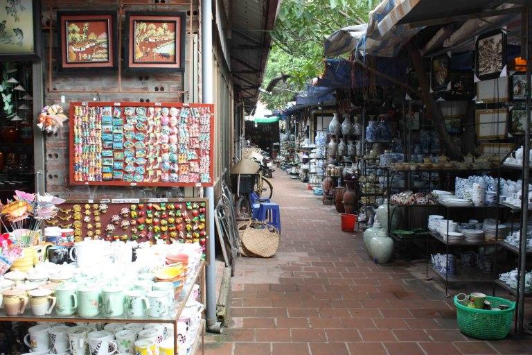 The Ceramic Village is a total tourist trap!