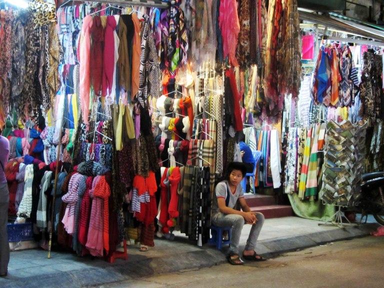 Cheeky Vendors will fleece you at Hang Gai Street