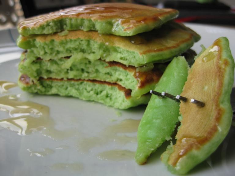 Banh Kep La Dua (Pandan Waffle)