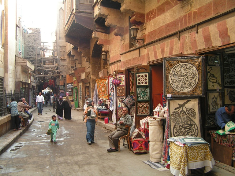 The Street of Tentmakers is a famous place in the city