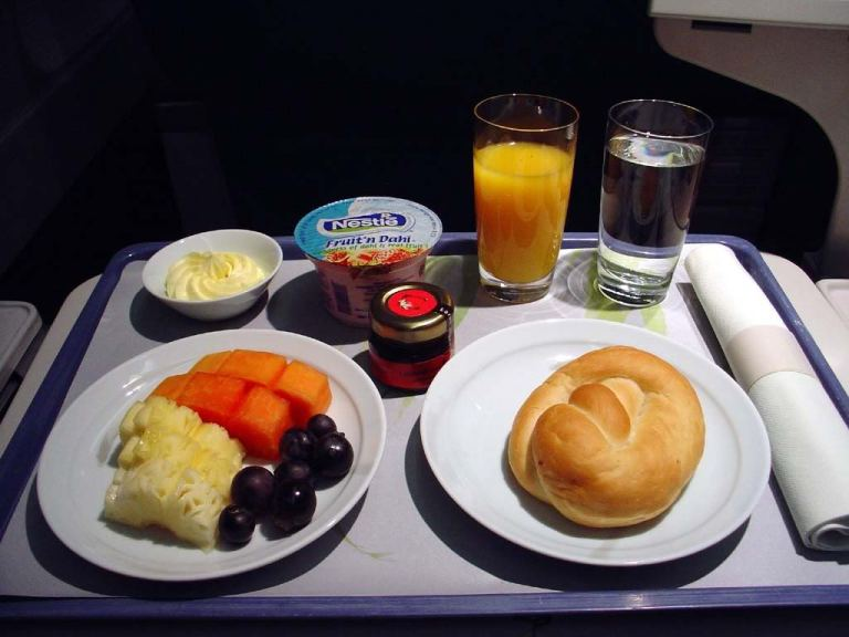 Business Class meal with Korean Air