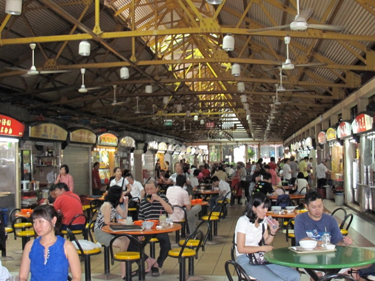 Maxwell Food Centre serves some delicious Chili Crab