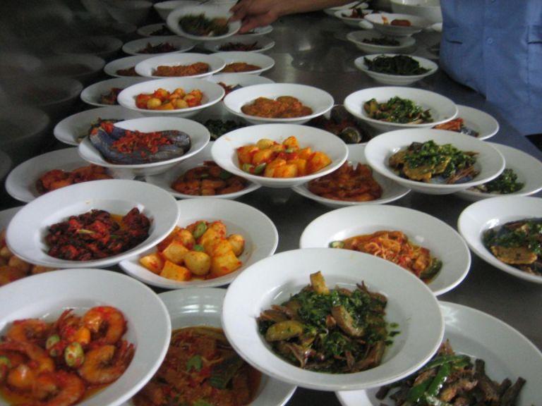Masakan Padang dishes