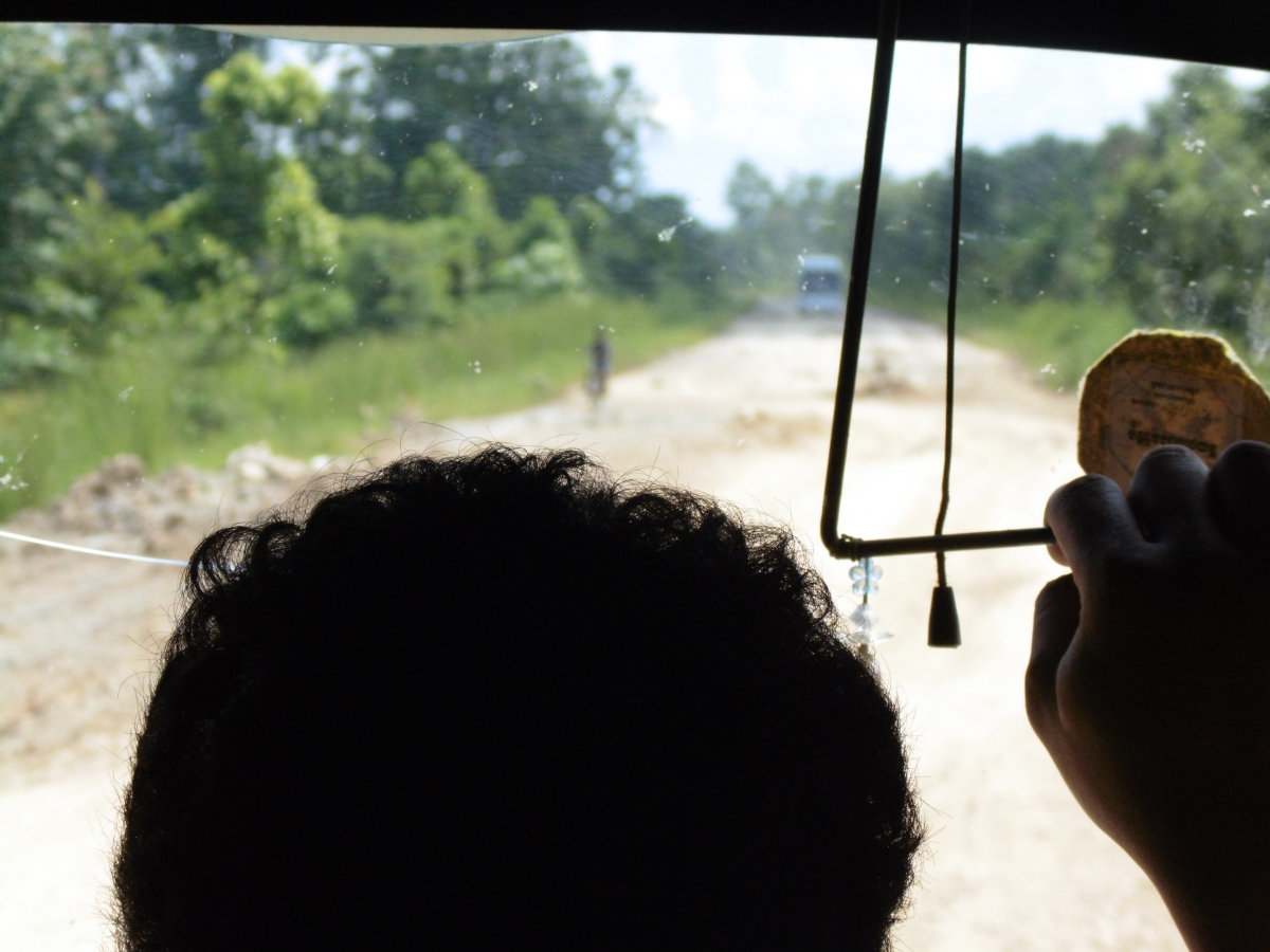 Braving the Bus from Siem Reap to Phnom Penh