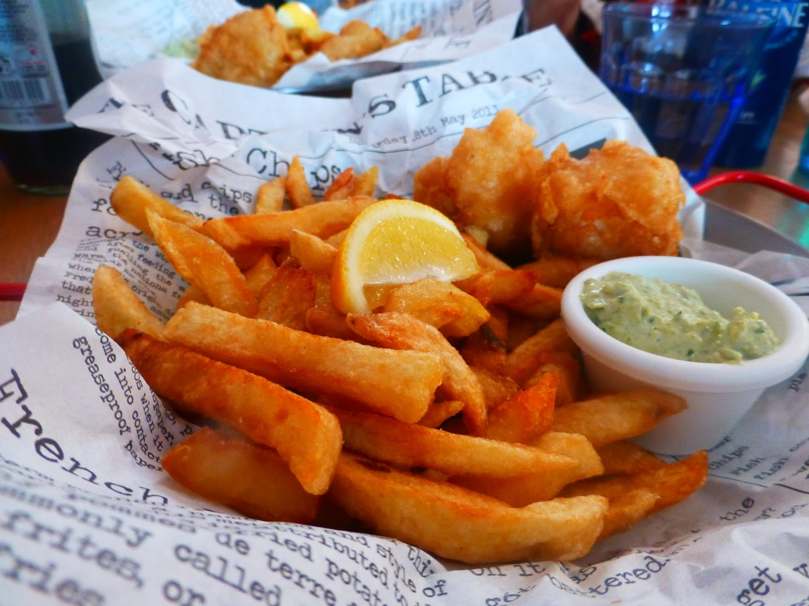 Traditional british fish and chips backpackerlee for Fish and chips london