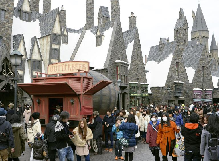 The snow-capped Hogsmeade Village at WWoHP, USJ