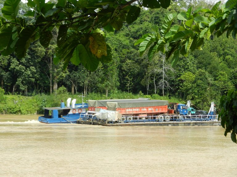 Industrial transport on the Kinbatangan River