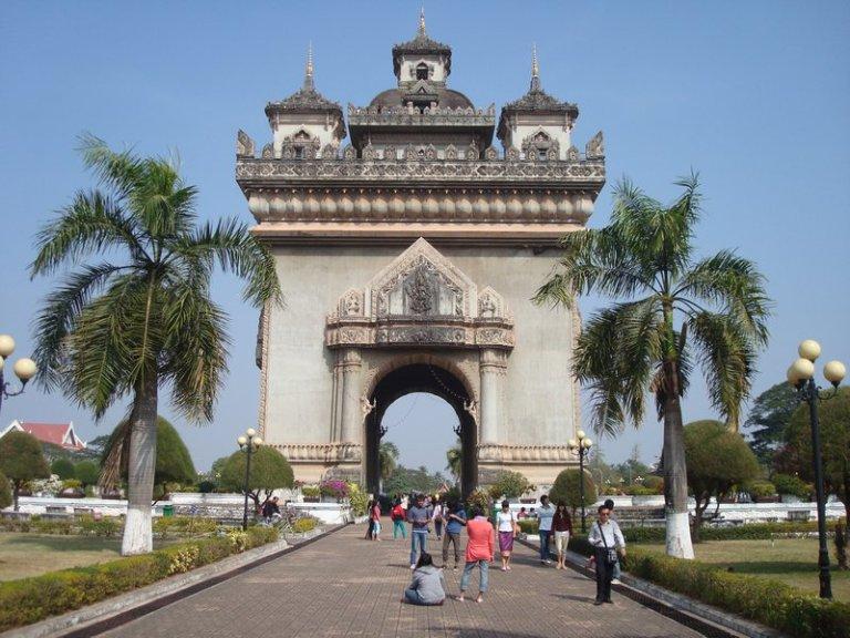 Patuaxi Monument in Vientiane