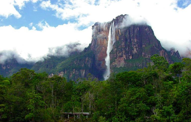 Angel Falls (photo: thecheaproute.com)
