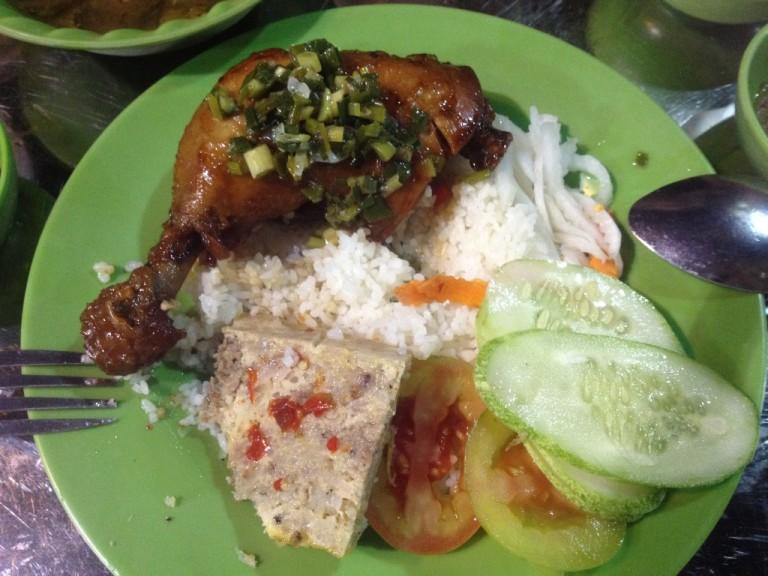 Com Tam with chicken