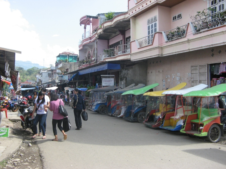 Arrival in Rantepao, and plenty of cheap tuktuks from here on!