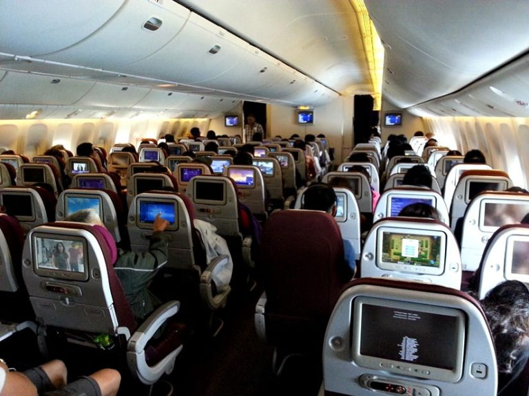 Onboard a Thai B777 to Auckland