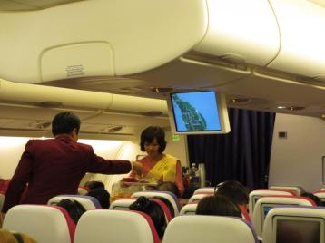 A380 meal service in economy