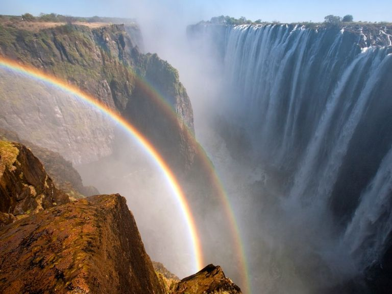 Victoria Falls (photo: National Geographic)
