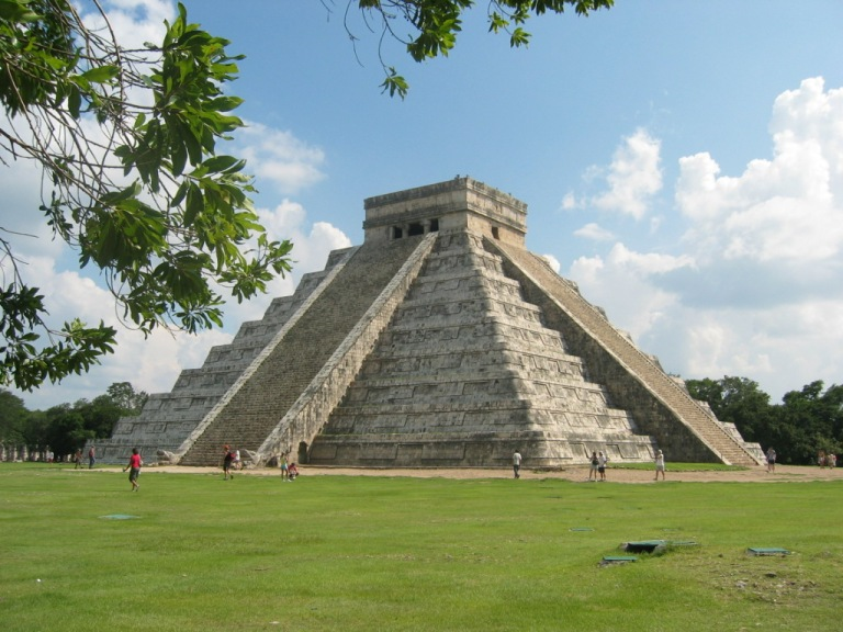 Mayan architecture at Chichen Itza