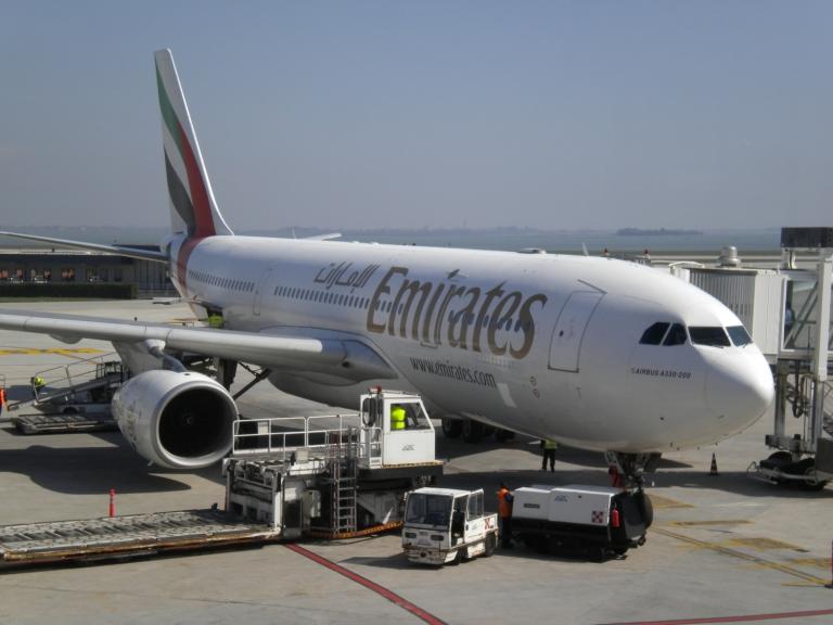 emiratesa330