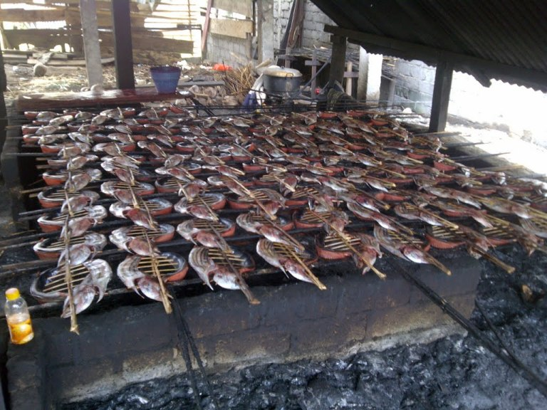 Cakalang Fufu (skipjack tuna) is the speciality dish of North Sulawesi