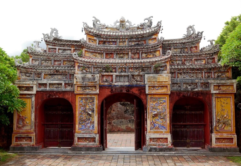 Impressive gate at the Forbidden Purple City