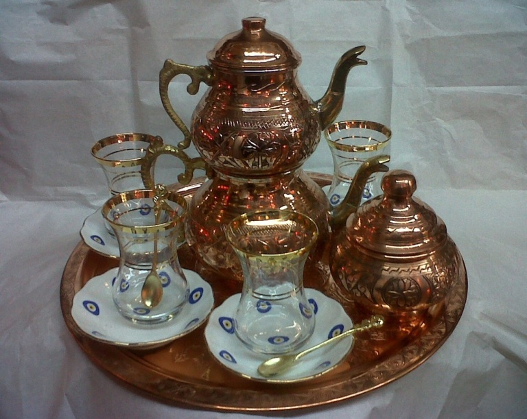 The famous double-decker Turkish Tea kettle