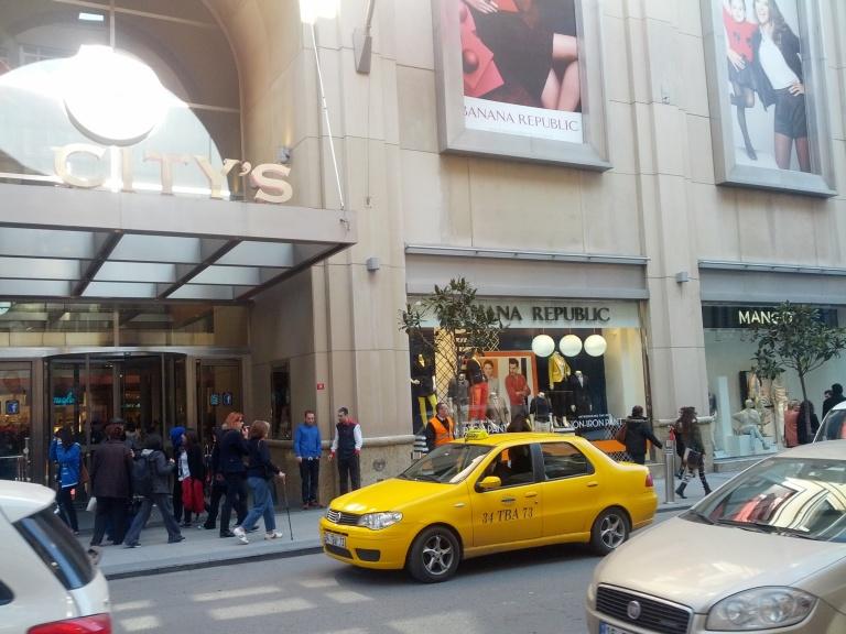Upscale shopping at Nisantasi