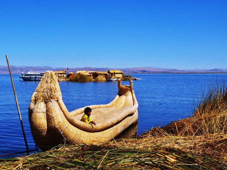 Indigenous cultures on Lake Titicaca