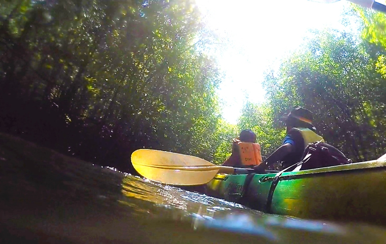 Kayaking your way around Ao Thalane