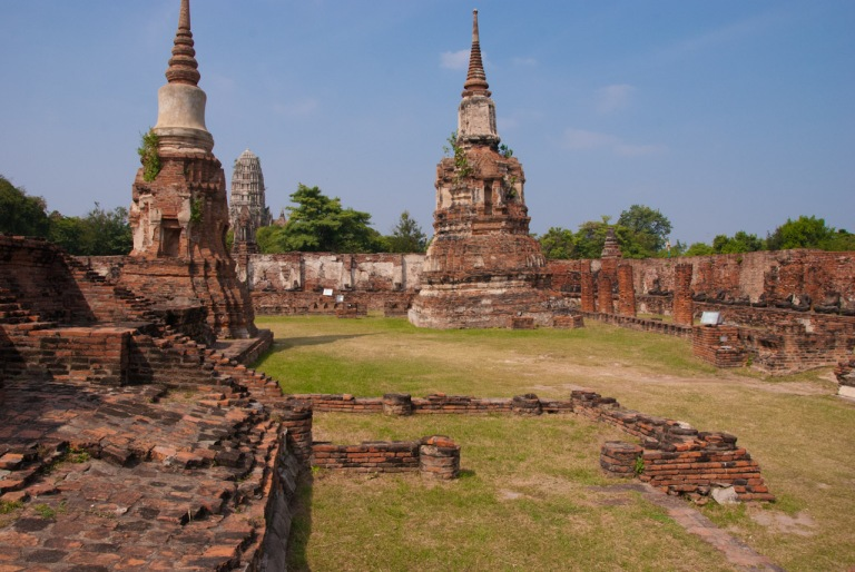 All the main sights at Ayutthaya are fairly compact