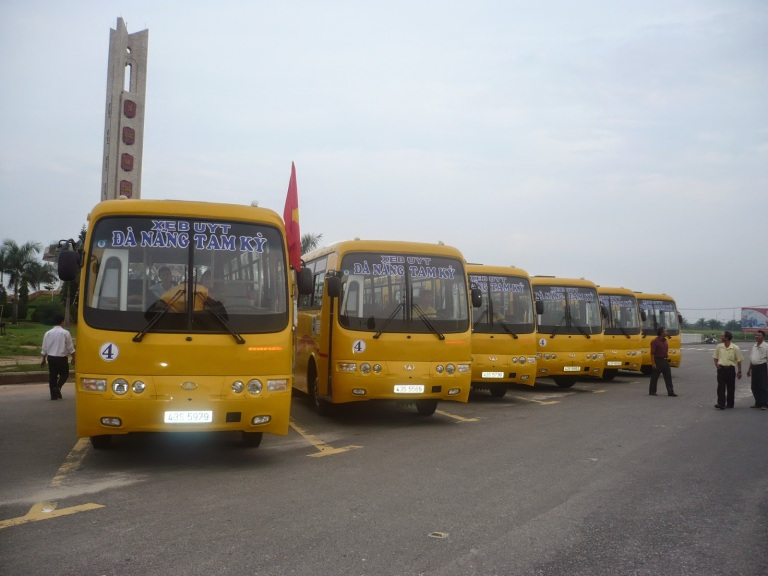 Buses in Danang are aplenty, but are they reliable?!
