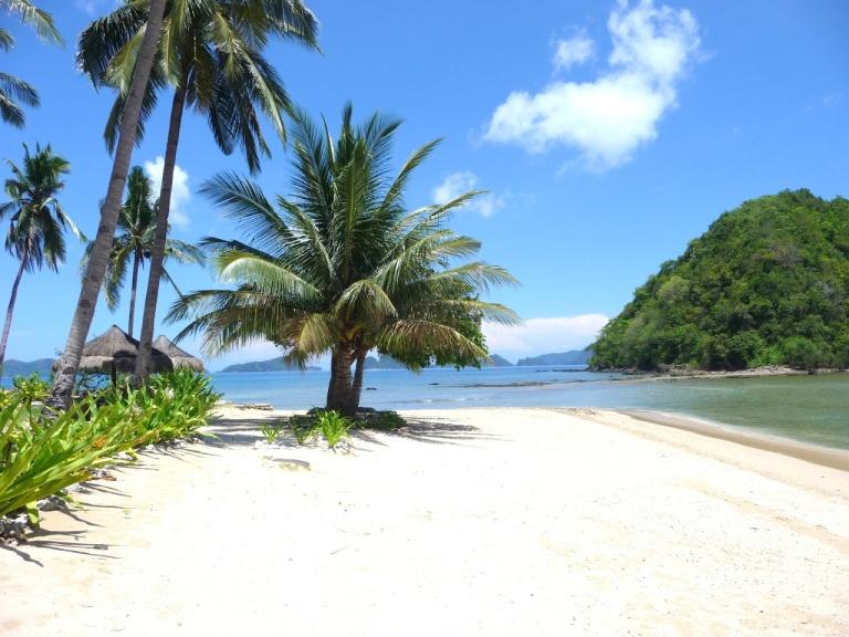 Beaches at El Nido are just as spectacular as at Boracay