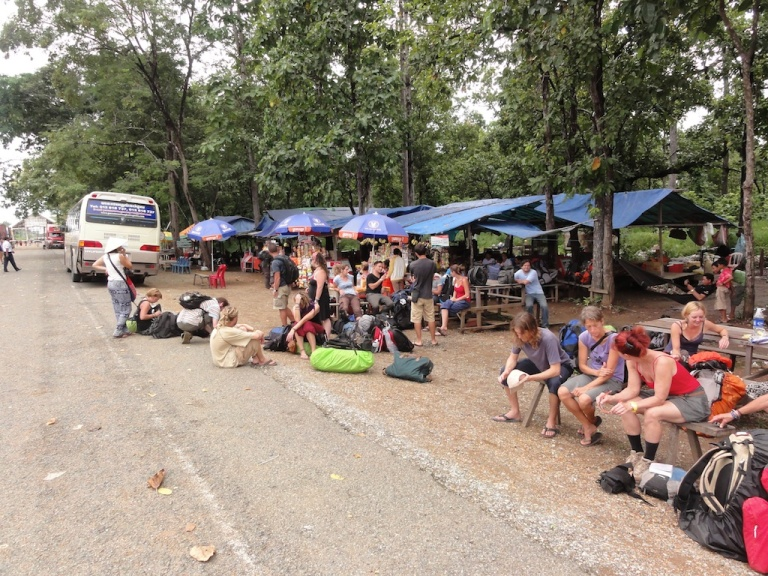 Backpackers waiting to be scammed at Voeung Kham in Laos