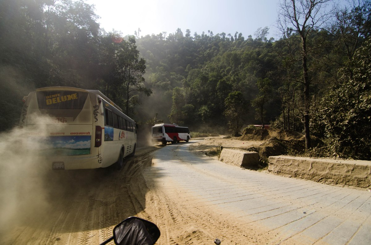 Risk vs Reward: the bus from Kathmandu to Pokhara