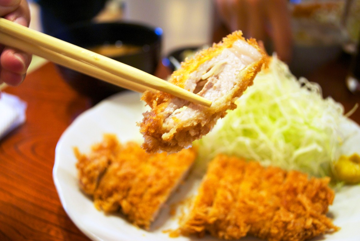 Tonkatsu: Telling Porkies – backpackerlee