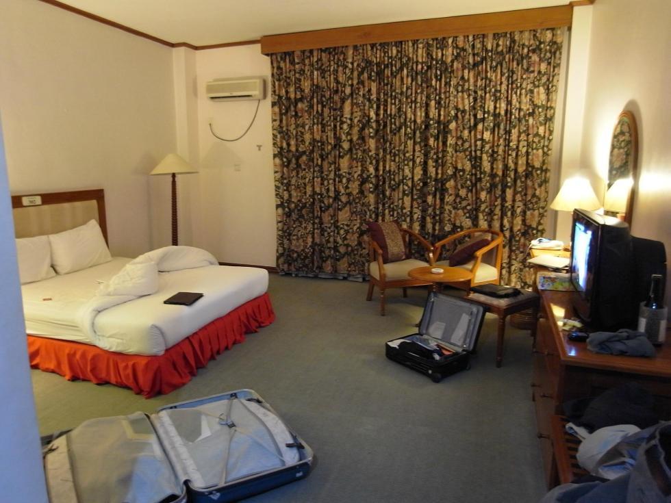 yangonhotelroom