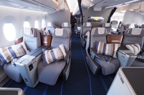 Lufthansa A350 business class
