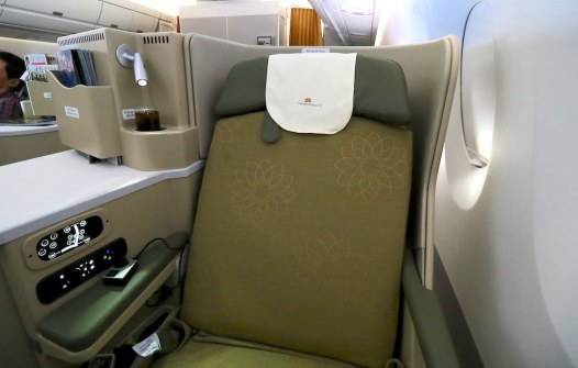 A business class seat on VN's A350